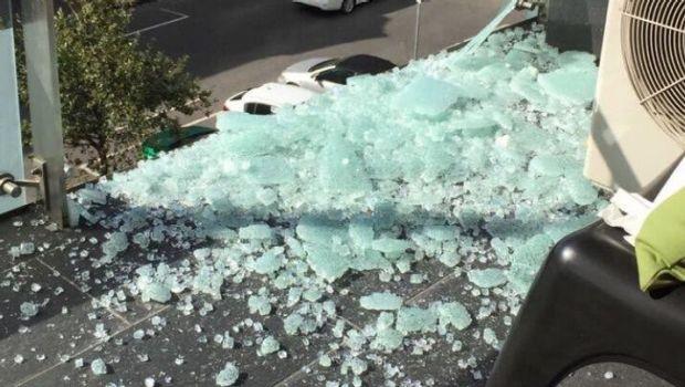 glass balustrade breaking
